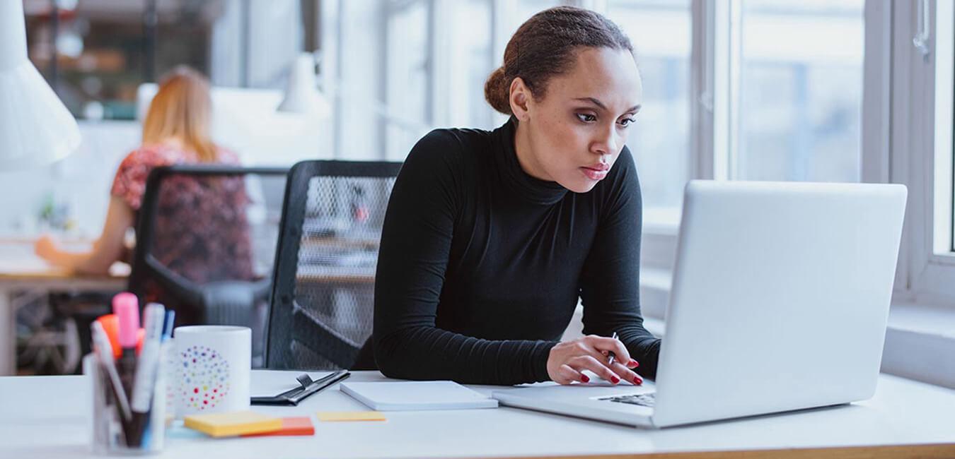 چطور بدون هیچ تخصصی، یه کسبوکار اینترنتی رو راهاندازی کنیم؟